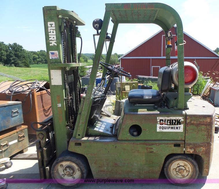 Vehicles And Equipment Auction In Tonganoxie  Kansas By