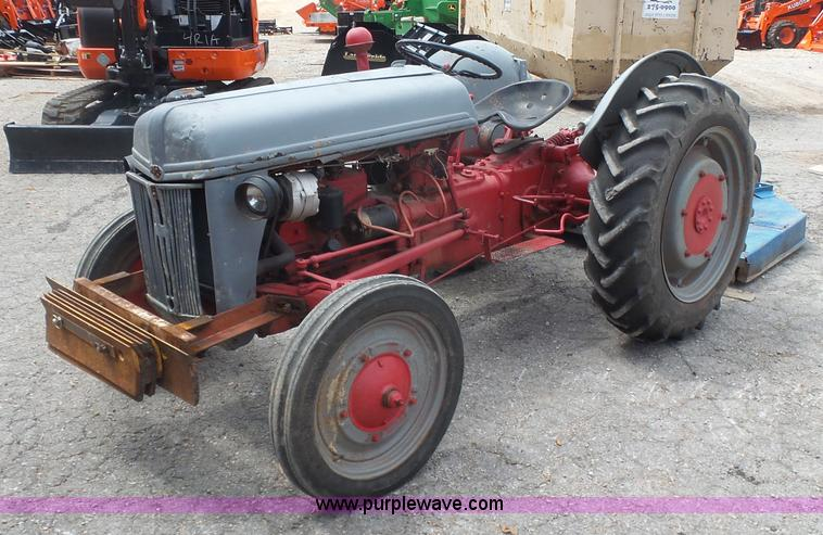 Ford Tractor Grill Guard : Ag equipment auction in burrton kansas by purple wave