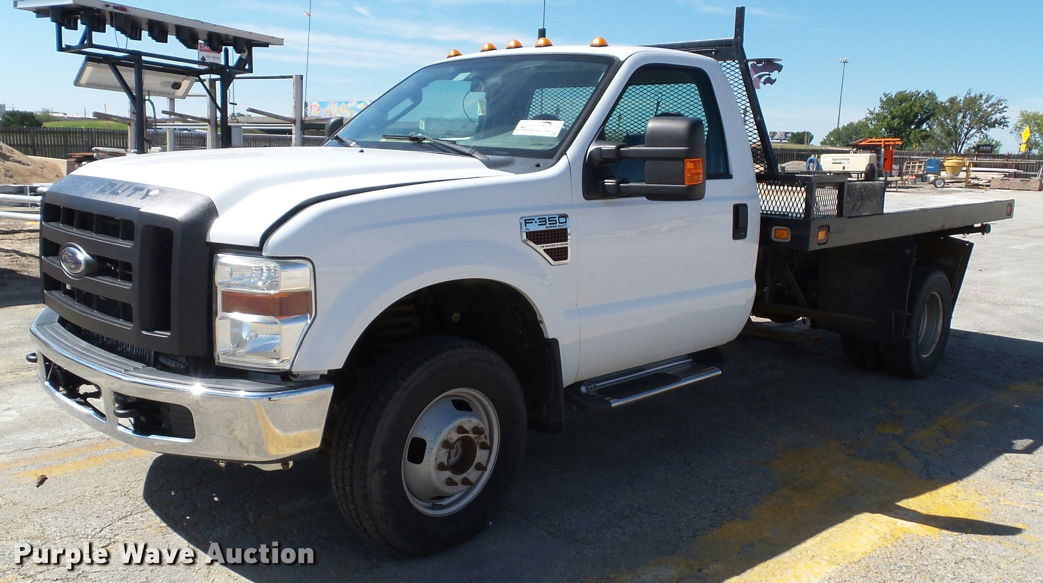 2009 ford f350 super duty xl flatbed pickup truck item j48