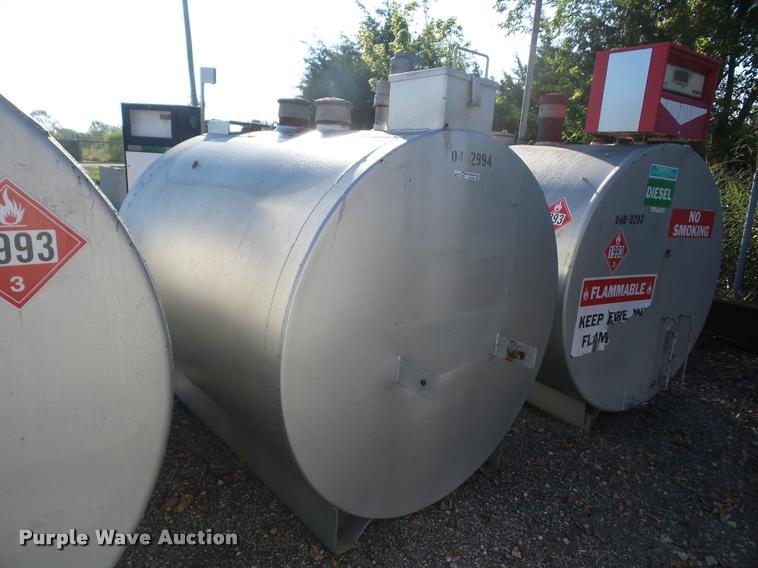 1994 A.M. Environmental 1000 fuel tank