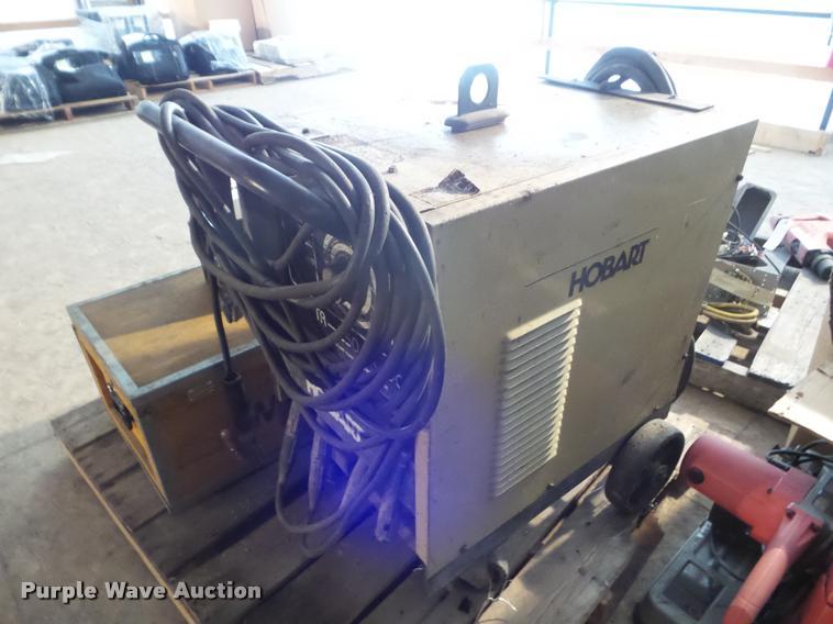1992 Hobart TR250 welder