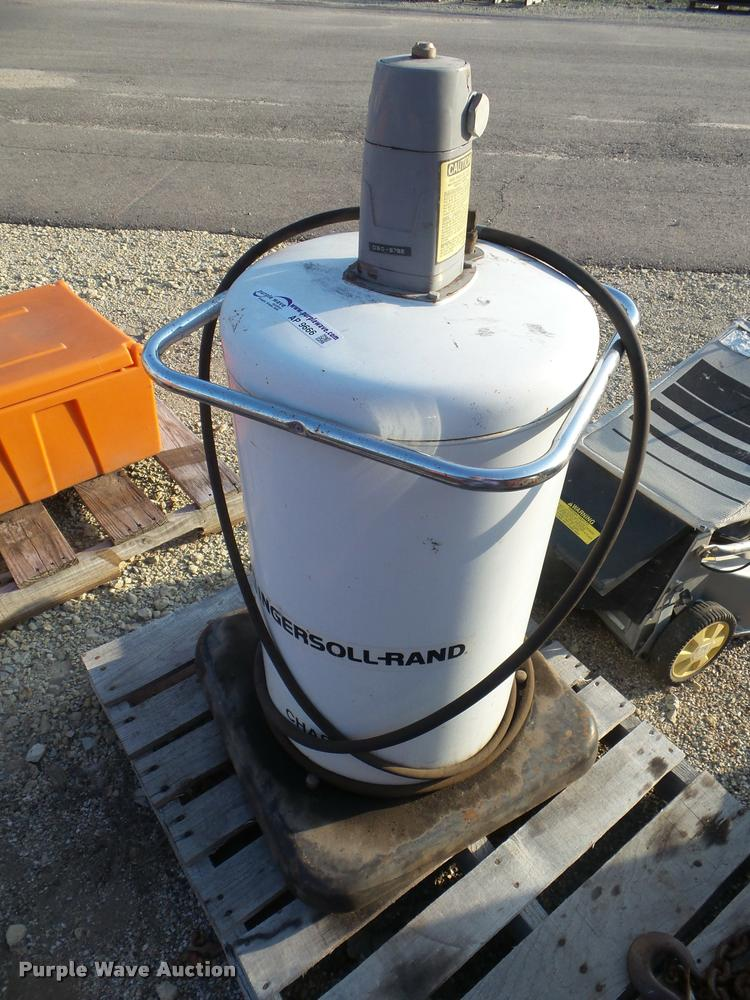 1992 Ingersoll Rand IE-4125 chassis lubricator