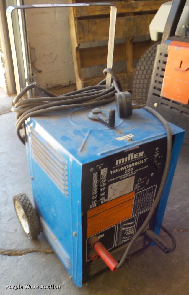 Miller Thunderbolt 225 arc welder
