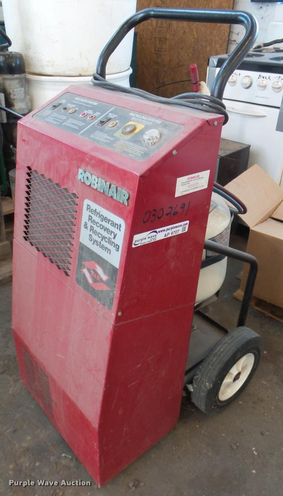 1992 Robinair 17500B refrigerant recycler