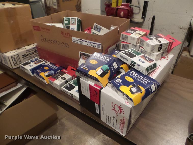 (32) printer cartridges