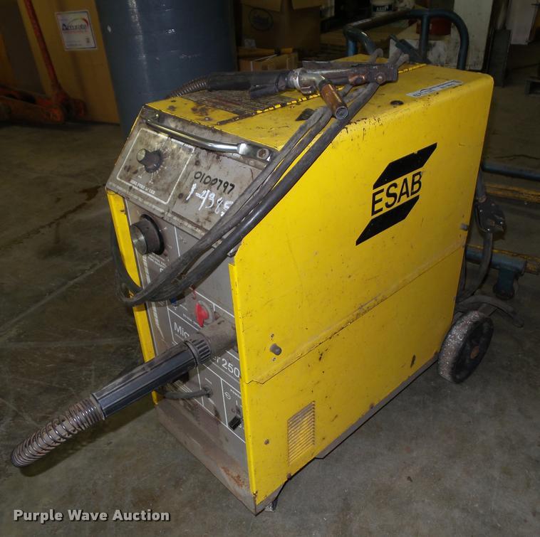 1997 Esab 250 arc welder