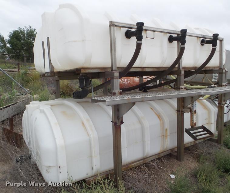 1999 Sprayer Specialties 1400SS salt brine maker