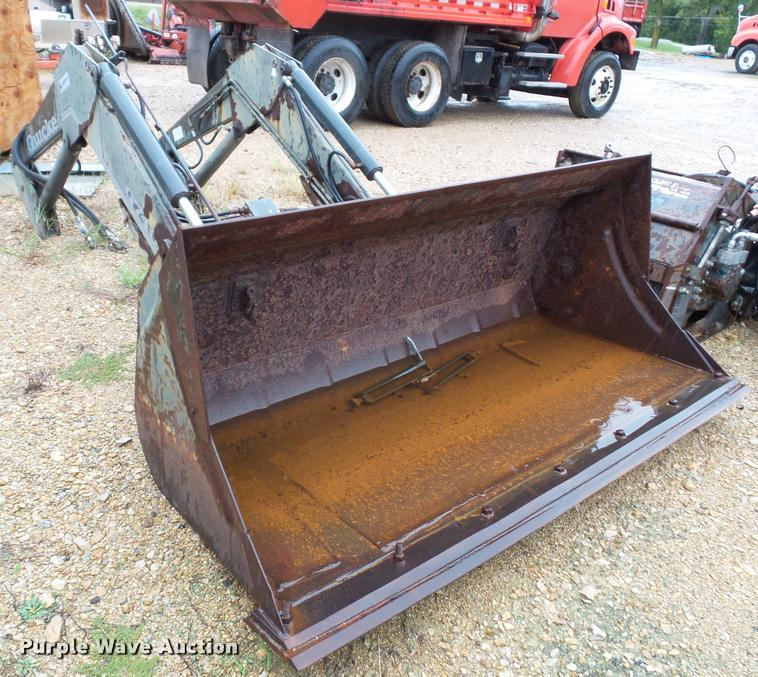 Quicke Q740 tractor loader bucket
