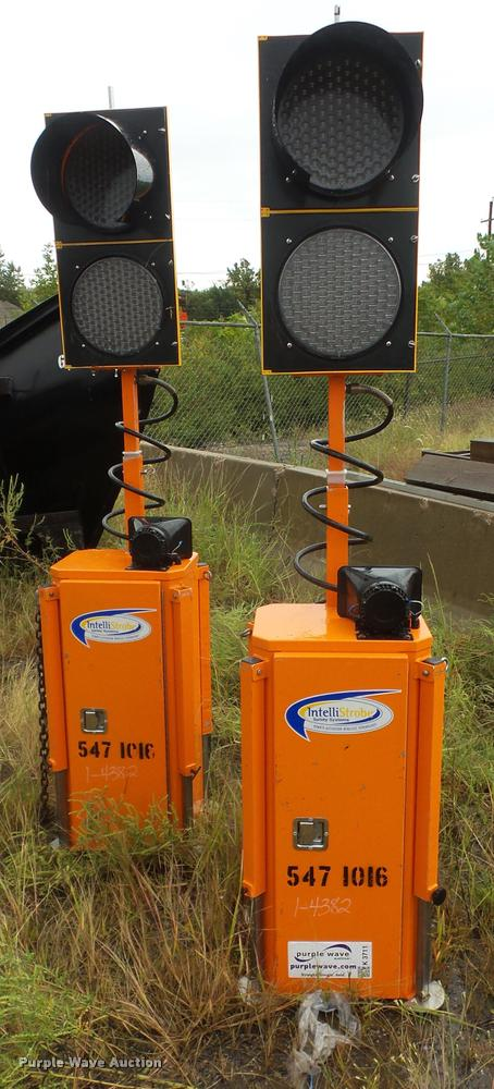 2005 Intellistrobe W1-AG traffic signal system