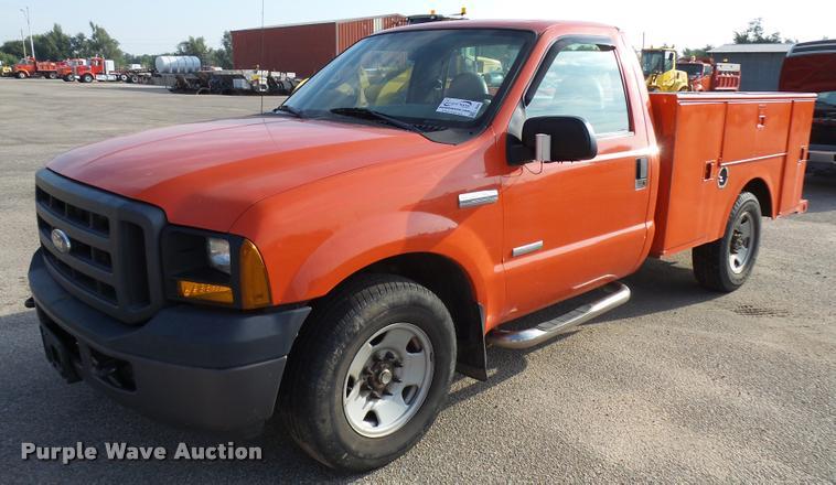 Kansas Department Of Transportation Auction In Hutchinson