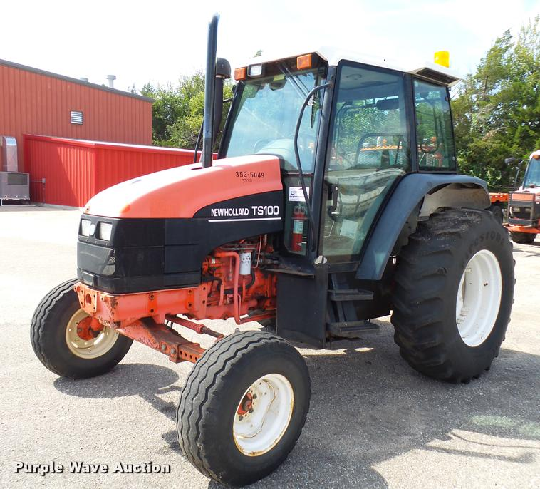 1999 New Holland TS100 tractor