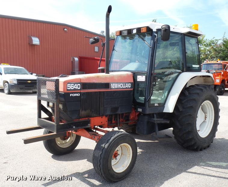 1997 New Holland 5640SL tractor