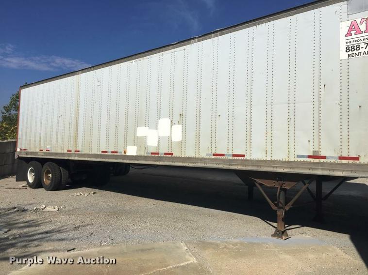 1988 Miller dry van trailer