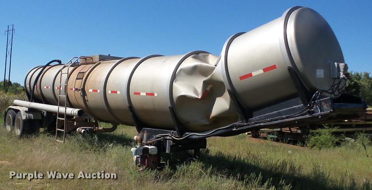 2001 Polar 11-24857 vacuum tank trailer