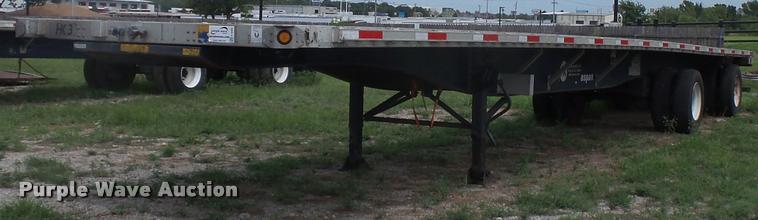 2000 Utility flatbed trailer