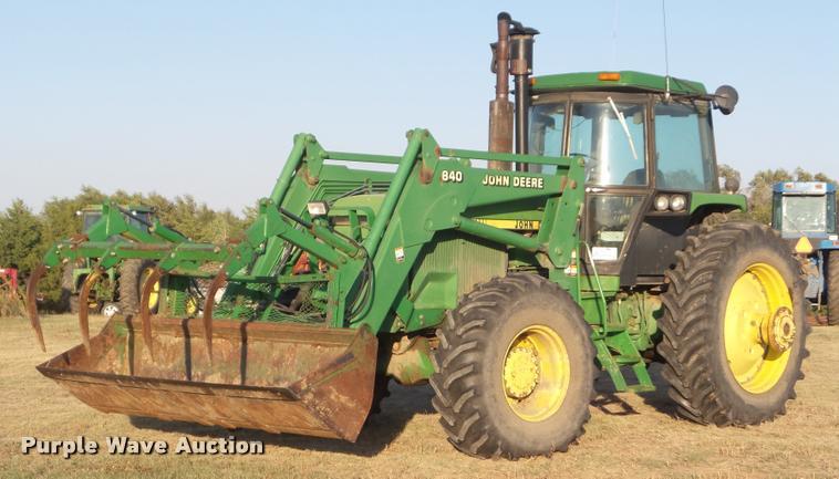 1987 John Deere 4650 MFWD tractor