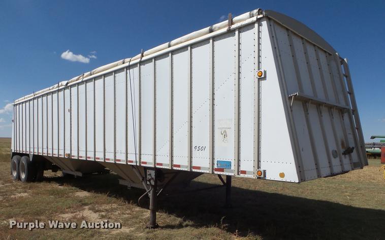 1995 Merritt double hopper grain trailer