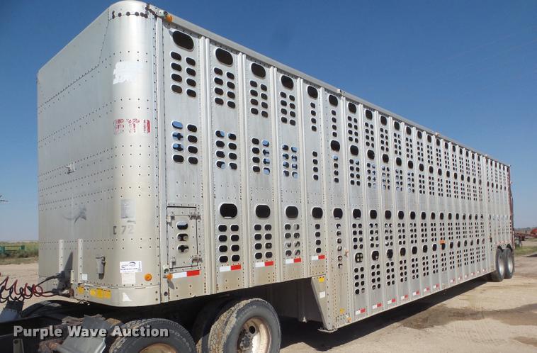 1989 Wilson PSDCL-206 livestock trailer