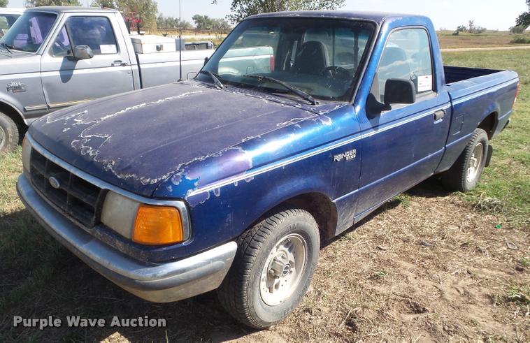 1993 Ford Ranger XLT pickup truck