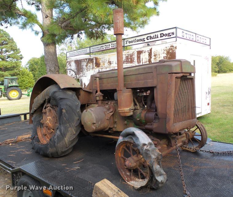 1939 John Deere D tractor