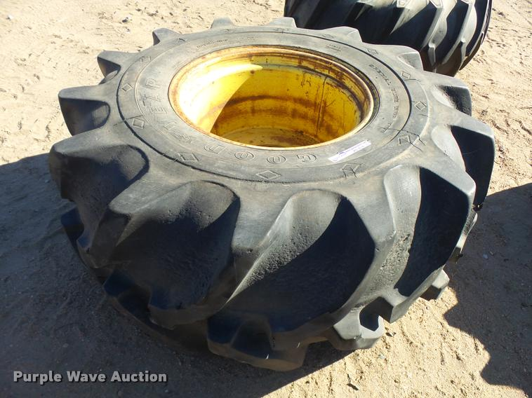 Goodyear 28L-26 tire and wheel