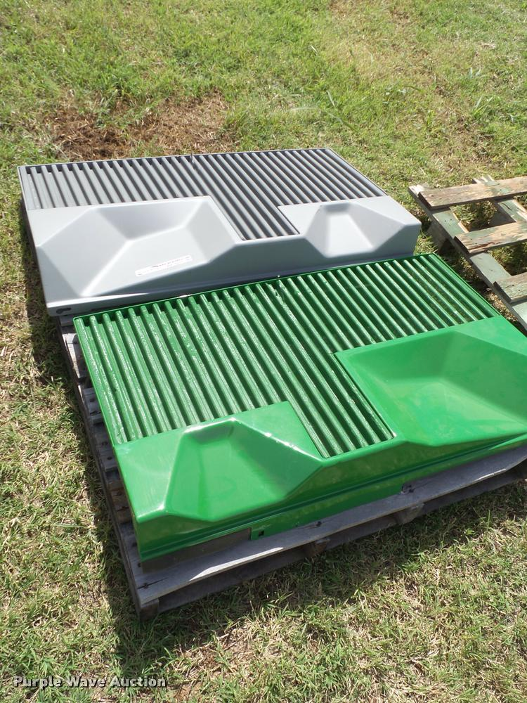 Set of John Deere 4760 side panels