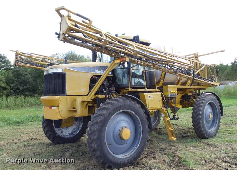 2004 Ag-Chem RoGator 1264 self-propelled sprayer