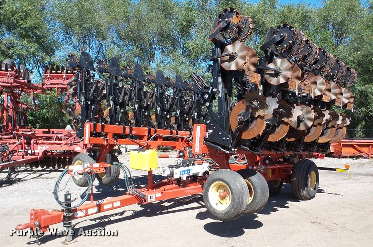 2011 Krause Gladiator 1200-1630 strip-till