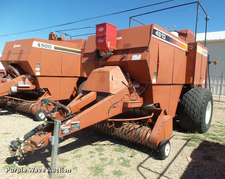 2000 AGCO Hesston 4910 large square baler