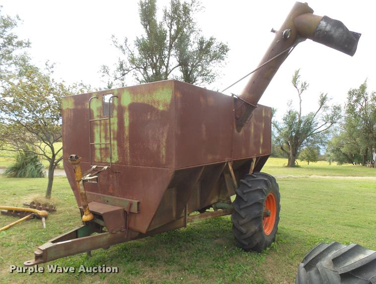 Phares & Wilkins grain cart