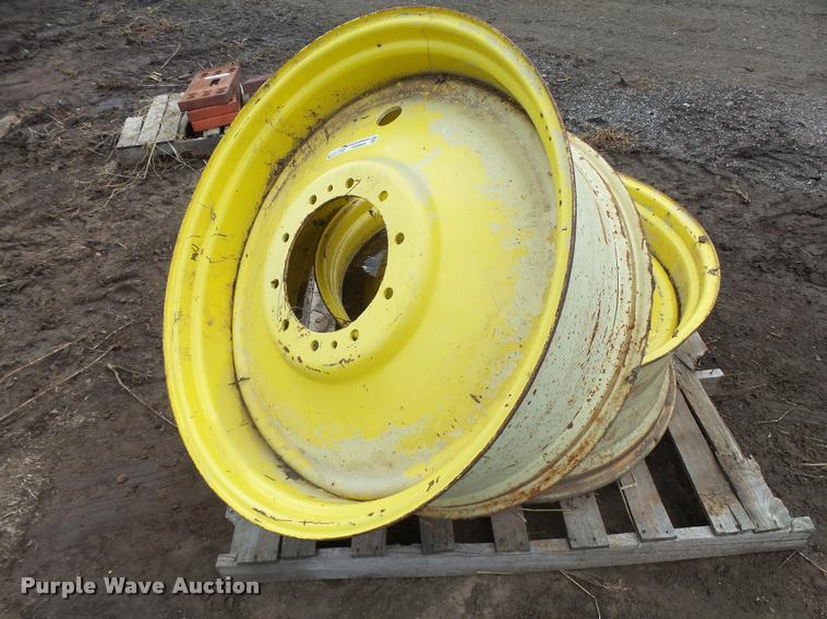 (2) W16L-38 wheels
