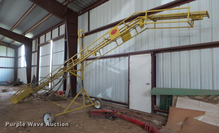 T's E-Z loader bale conveyor