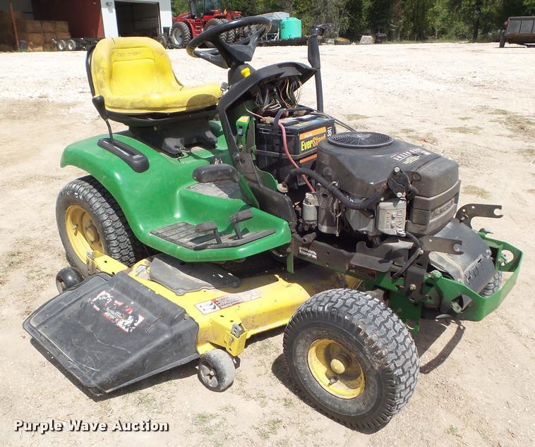 John Deere LX277 lawn mower