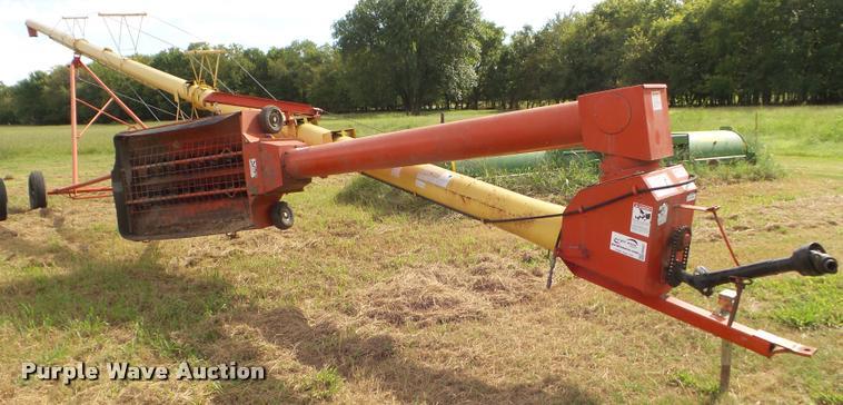 Westfield MK108-71 grain auger
