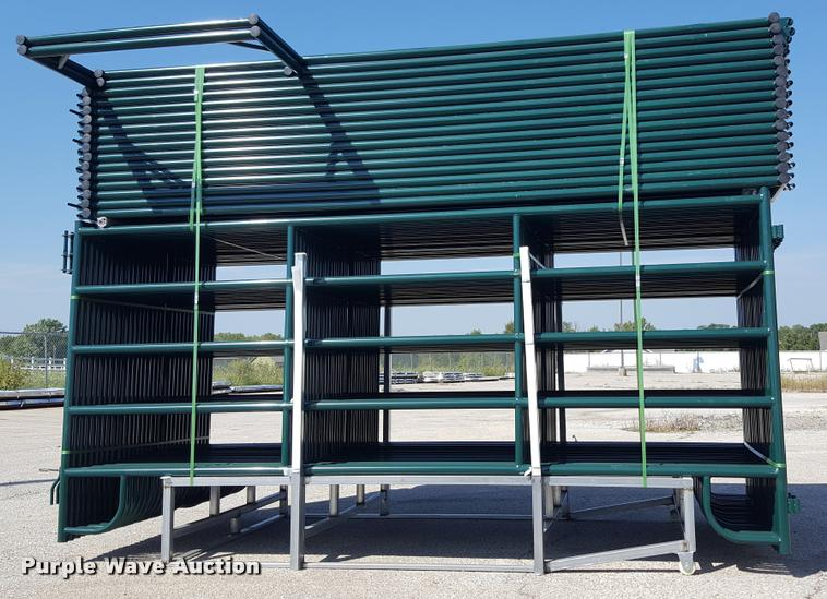 (46) five bar corral panels