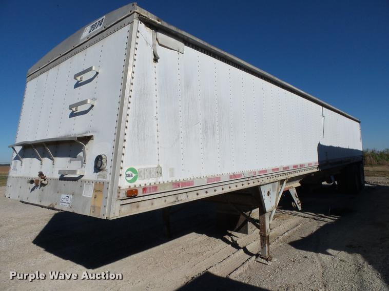 1990 Chamberlin JDWH-100 double hopper grain trailer