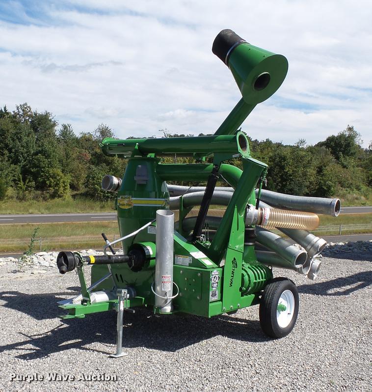 2014 Walinga 7614 Grain-Vac vacuum
