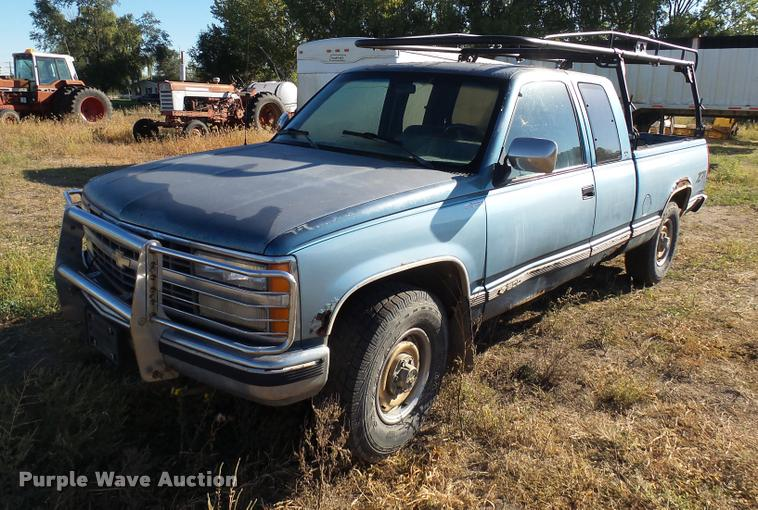 1991 Chevrolet 1500 Z71 Ext. Cab pickup truck