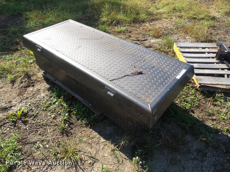 Crossbed toolbox
