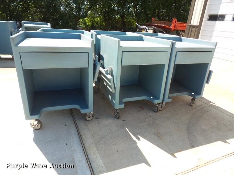 (6) Cambro sop work stations