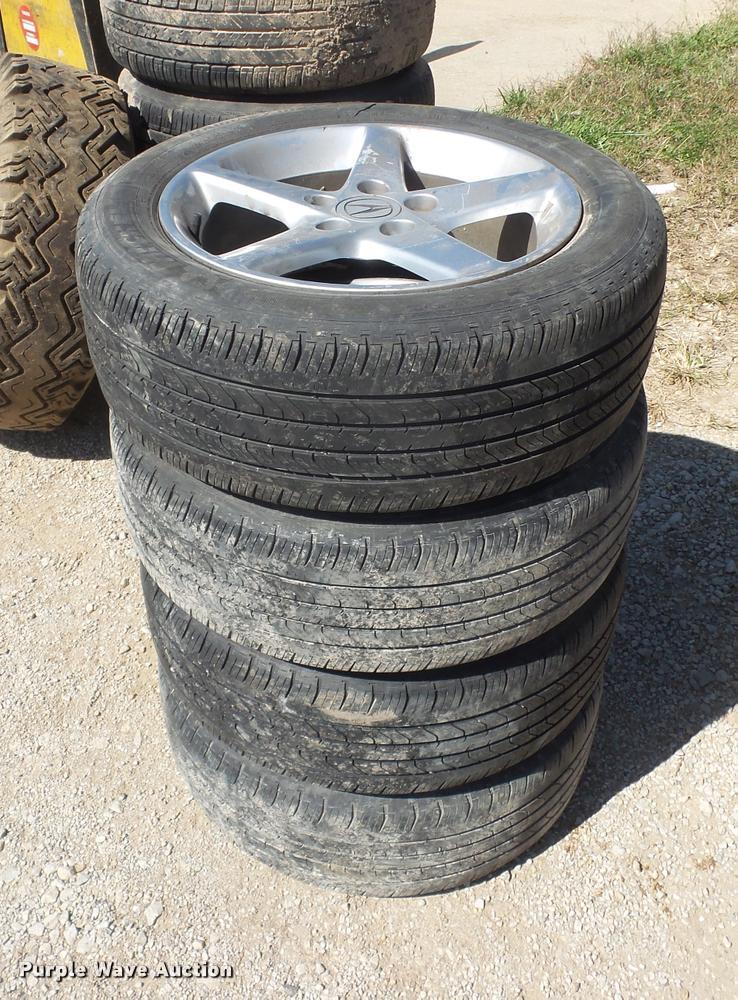 (9) tires