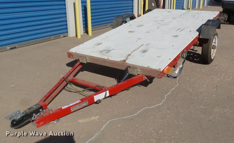 Long Chih Ind. folding utility trailer