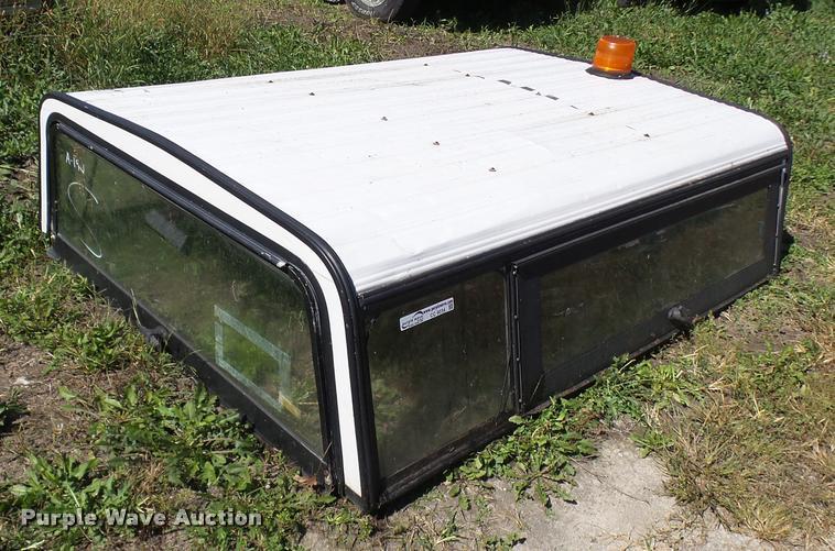 Aluminum camper shell