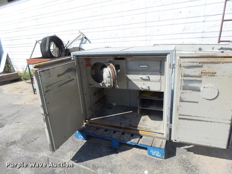 Mosler F1-D safe