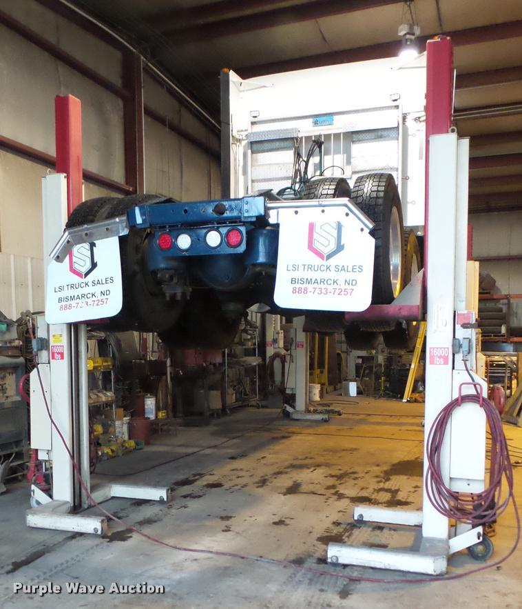 Stertil Koni ST-1072 truck lift