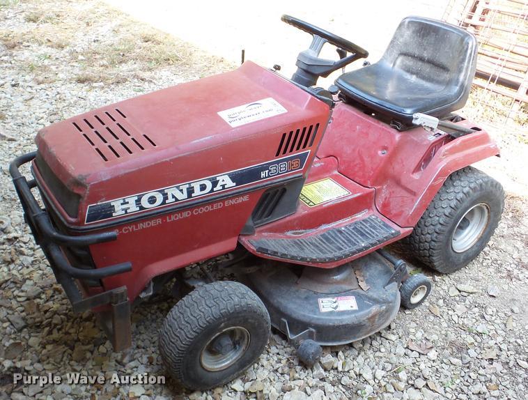 Honda HT3813 lawn mower