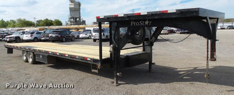 2006 Prostar drop deck trailer