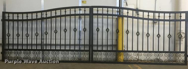 Bi-parting wrought iron gate