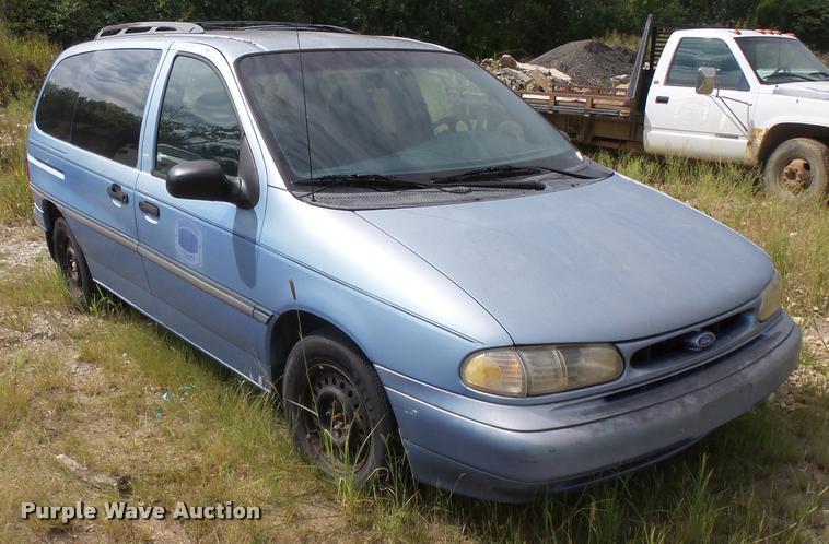 1995 Ford Windstar van