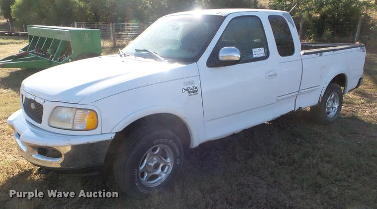 1998 Ford F150 SuperCab pickup truck